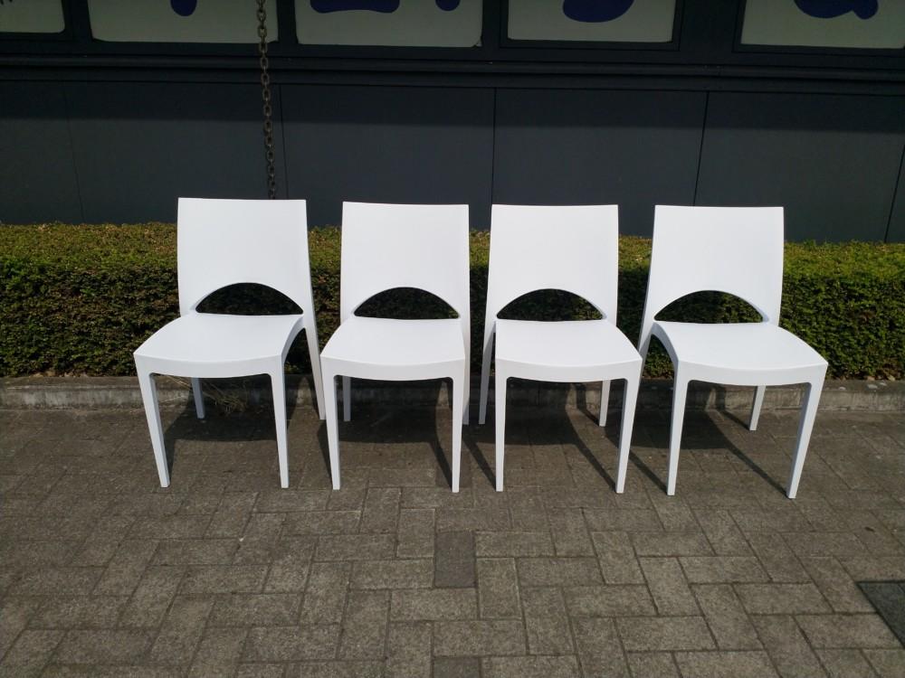 Witte Kunststof Design Stoelen.Stoel Wit Design Kunststof Tzigane Feestverhuur